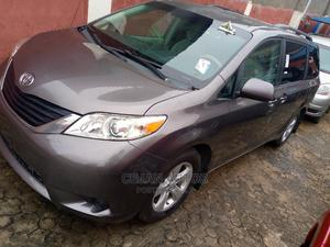 Toyota Sienna 2011 LE 8 Passenger Blue   Cars for sale in Lagos State, Isolo