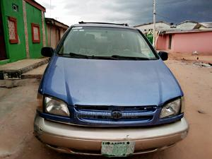 Toyota Sienna 2000 XLE & 1 Hatch Blue   Cars for sale in Lagos State, Ikotun/Igando