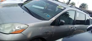 Toyota Sienna 2010 Silver   Cars for sale in Lagos State, Surulere