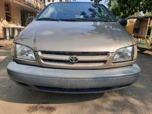 Toyota Sienna 1999 CE Gold | Cars for sale in Lagos State, Ikeja