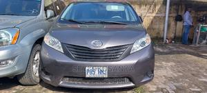 Toyota Sienna 2011 LE 7 Passenger Gray   Cars for sale in Lagos State, Surulere