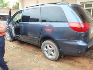 Toyota Sienna 2006 LE AWD Blue | Cars for sale in Anambra State, Awka
