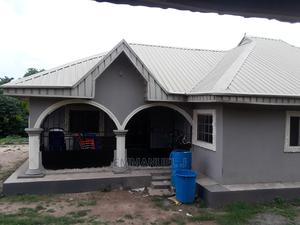 Furnished 3bdrm Bungalow in Beside Nnpc Filling, Auchi for Sale | Houses & Apartments For Sale for sale in Edo State, Auchi