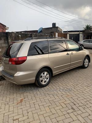 Toyota Sienna 2005 XLE Limited Gold | Cars for sale in Lagos State, Alimosho