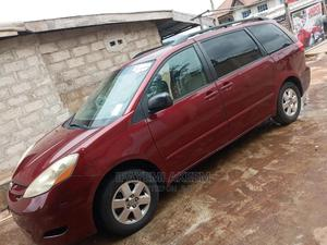 Toyota Sienna 2007 LE 4WD Red   Cars for sale in Lagos State, Alimosho