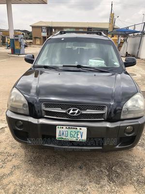 Hyundai Tucson 2005 GL 4x4 Black | Cars for sale in Lagos State, Alimosho