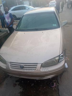 Toyota Camry 1999 Automatic Gold | Cars for sale in Lagos State, Abule Egba