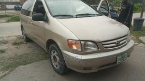 Toyota Sienna 2001 Gold | Cars for sale in Lagos State, Amuwo-Odofin