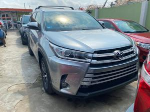 Toyota Highlander 2016 XLE V6 4x4 (3.5L 6cyl 6A) Silver | Cars for sale in Lagos State, Ikeja