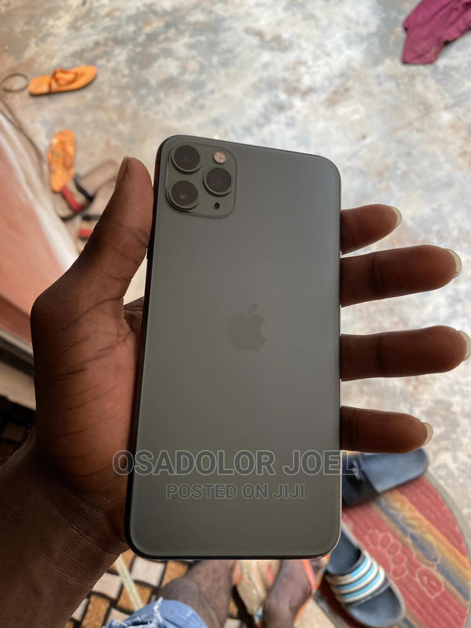 Apple iPhone 11 Pro Max 64 GB Black | Mobile Phones for sale in Benin City, Edo State, Nigeria