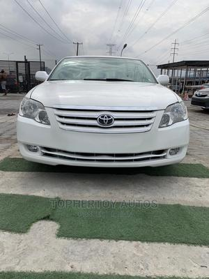 Toyota Avalon 2005 XL White | Cars for sale in Lagos State, Lekki
