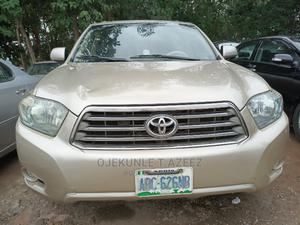 Toyota Highlander 2009 Gold | Cars for sale in Abuja (FCT) State, Gaduwa