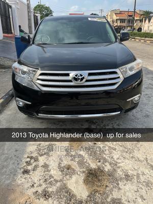 Toyota Highlander 2013 3.5L 4WD Black | Cars for sale in Lagos State, Ojodu