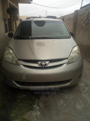 Toyota Sienna 2008 LE Gold   Cars for sale in Oyo State, Ibadan
