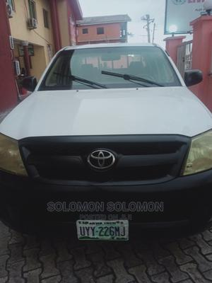 Toyota Hilux 2006 2.0 VVT-i White | Cars for sale in Rivers State, Port-Harcourt
