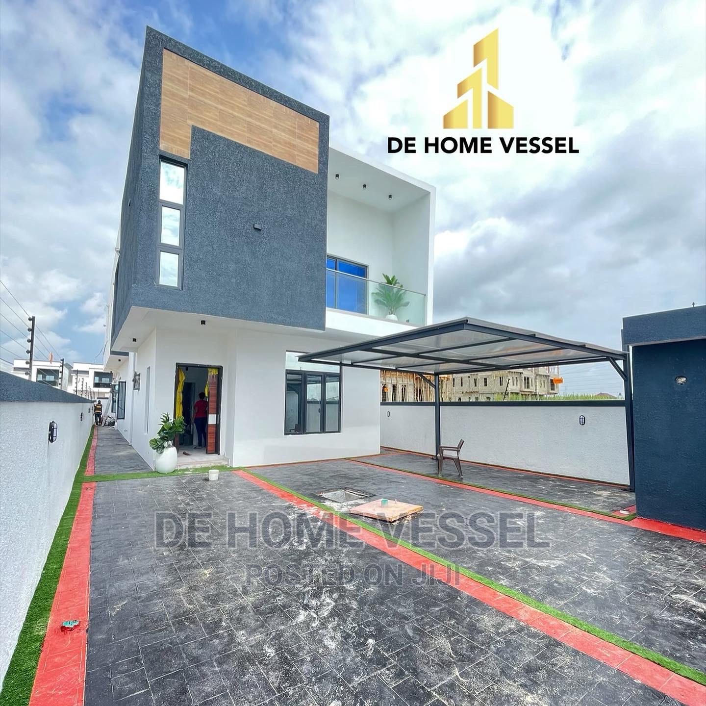 5bdrm Duplex in Ado / Ajah for Sale