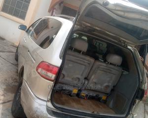 Toyota Sienna 2000 XLE & 1 Hatch Gold   Cars for sale in Ogun State, Abeokuta North