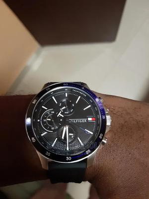 Pre-Owned Men's Tommy Hilfiger Rubber Strap Watch | Watches for sale in Abuja (FCT) State, Central Business District