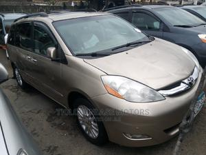 Toyota Sienna 2009 XLE Limited AWD Gold | Cars for sale in Lagos State, Apapa