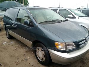 Toyota Sienna 2000 LE & 1 Hatch Blue | Cars for sale in Lagos State, Apapa