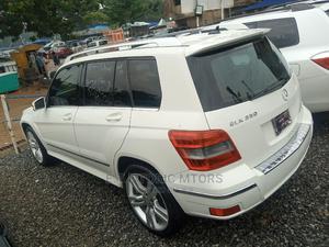 Mercedes-Benz GLK-Class 2011 350 4MATIC White | Cars for sale in Abuja (FCT) State, Garki 2