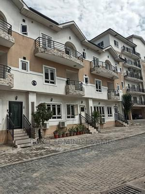 4bdrm Duplex in Yaba for Rent | Houses & Apartments For Rent for sale in Lagos State, Yaba
