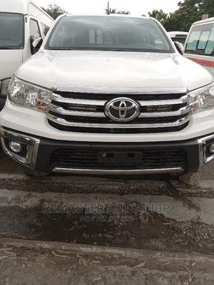 Toyota Hilux 2017 SR5 4x4 White   Cars for sale in Lagos State, Ikeja