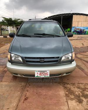 Toyota Sienna 1999 LE 4dr Green | Cars for sale in Ogun State, Ijebu Ode