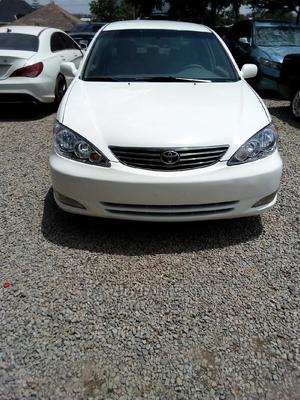Toyota Camry 2004 White   Cars for sale in Abuja (FCT) State, Karu