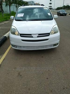 Toyota Sienna 2005 XLE Limited White   Cars for sale in Lagos State, Magodo