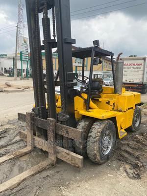 7 Tons Clark Forklift   Heavy Equipment for sale in Lagos State, Ikeja