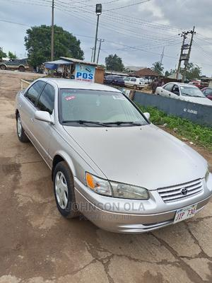 Toyota Camry 1999 Automatic Gold   Cars for sale in Ogun State, Ado-Odo/Ota