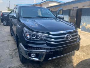 Toyota Hilux 2019 SR5 4x4 Black   Cars for sale in Lagos State, Surulere