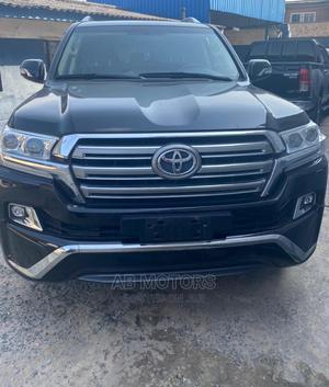 Toyota Land Cruiser 2016 5.7 V8 VXR Black | Cars for sale in Lagos State, Surulere