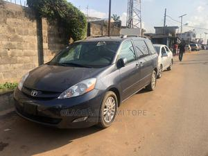 Toyota Sienna 2008 XLE Gray   Cars for sale in Lagos State, Alimosho