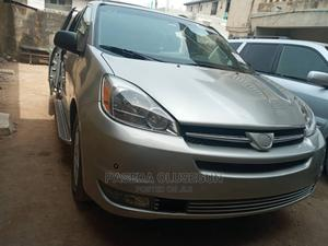 Toyota Sienna 2005 XLE Limited Gold | Cars for sale in Lagos State, Kosofe