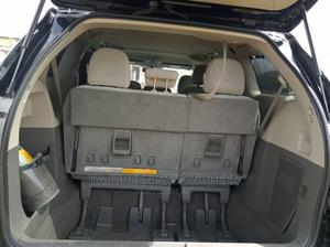 Toyota Sienna 2012 LE 8 Passenger Black   Cars for sale in Kwara State, Ilorin South