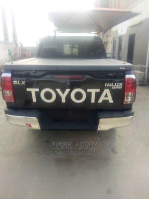 Toyota Hilux 2017 SR+ 4x4 Black   Cars for sale in Lagos State, Ajah