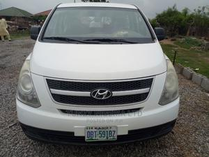 Hyundai H1 2010 2.4 GLS White   Buses & Microbuses for sale in Abuja (FCT) State, Kubwa