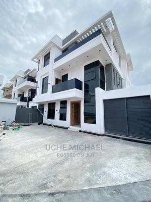 5bdrm Duplex in an Estate, Lekki for Sale   Houses & Apartments For Sale for sale in Lagos State, Lekki