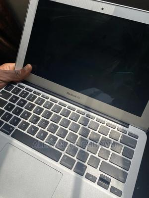 Laptop Apple MacBook 2012 4GB Intel Core I7 SSD 60GB   Laptops & Computers for sale in Abia State, Umuahia