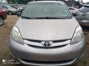 Toyota Sienna 2006 XLE AWD Silver | Cars for sale in Lagos State, Amuwo-Odofin