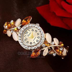 Fashion Luxury Rhinestone Bracelet Women Wrist Watches   Watches for sale in Lagos State, Ojota