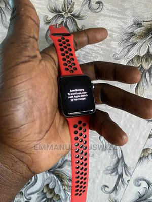 Apple Watch Series 3 42mm | Smart Watches & Trackers for sale in Lagos State, Surulere