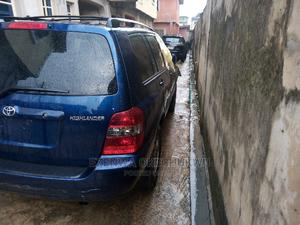 Toyota Highlander 2004 Limited V6 4x4 Blue | Cars for sale in Lagos State, Isolo