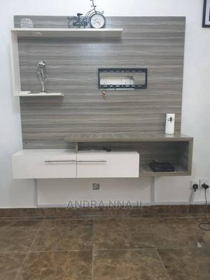 Neatly Used TV Console | Furniture for sale in Lagos State, Lekki