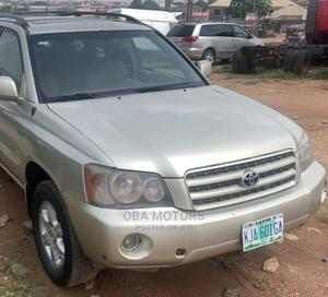 Toyota Highlander 2004 Limited V6 4x4 Gray | Cars for sale in Oyo State, Ibadan