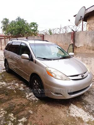 Toyota Sienna 2006 LE AWD Silver   Cars for sale in Lagos State, Alimosho