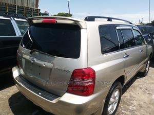 Toyota Highlander 2003 Limited V6 AWD Gold | Cars for sale in Lagos State, Apapa