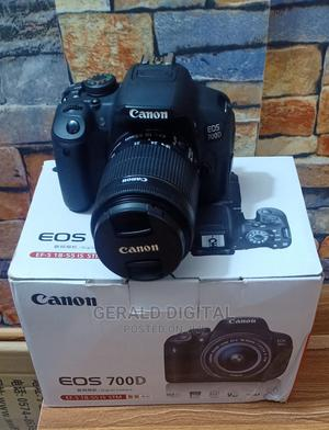 Canon EOS 700D Camera. Lens 18 - 55mm | Photo & Video Cameras for sale in Lagos State, Ojo